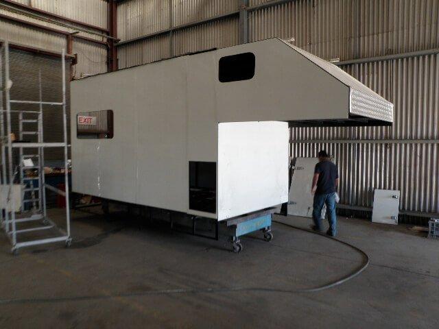 truck body building